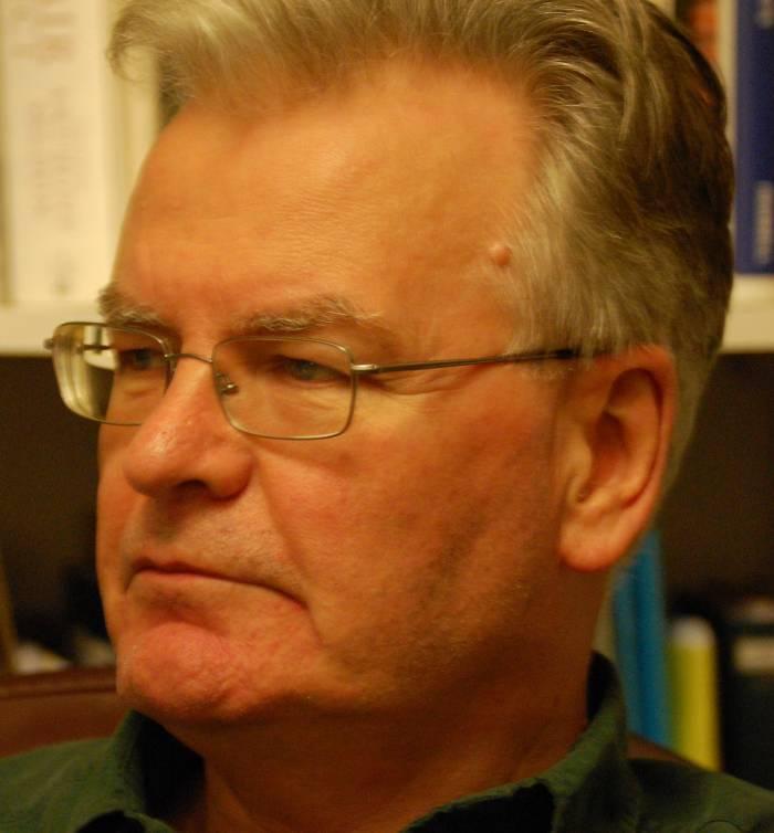 response to historian robert hewison quote essay